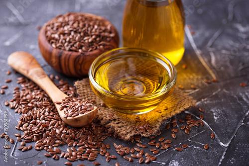 Fototapeta Linseed oil and flax seeds obraz