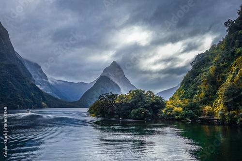 Poster Océanie Milford Sound, fiordland national park, New Zealand