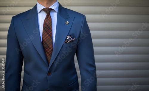 Canvastavla Male model in expensive tailored suit standing and posing