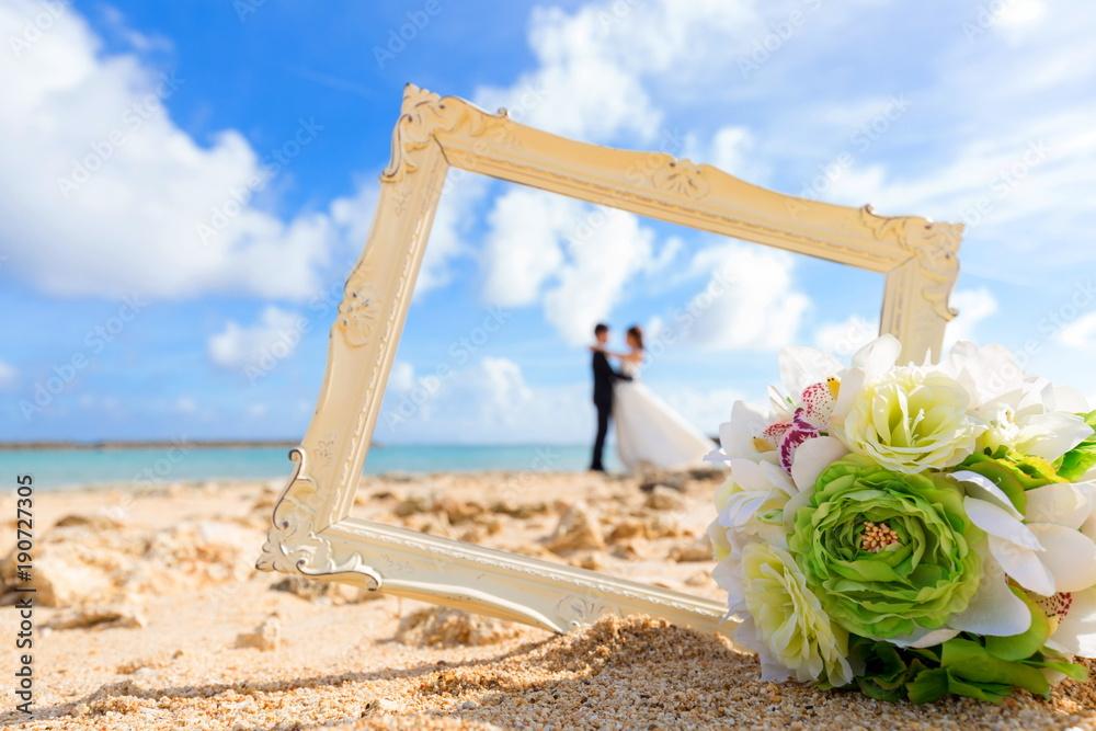 Fototapeta 浜辺の結婚式