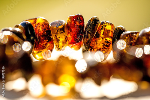 Photographie amber bracelet in the sun