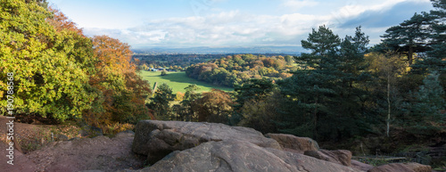 Foto Autumn at Alderley Edge, Cheshire, England