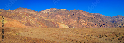 Fotobehang Fantasie Landschap Badwater Bassins and his Mountains of Colored Rocks