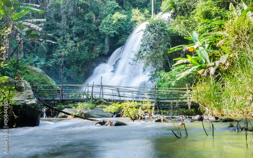 Montage in der Fensternische Wasserfalle beautiful waterfall at the northern of Thailand,Tropical rain forest landscape