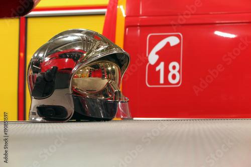 Casque de pompier