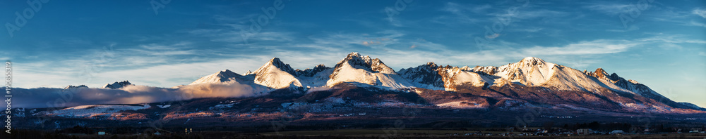 Fototapety, obrazy: Panoramic shot of winter mountain landscape during sunset. High Tatras, Slovakia, from Poprad