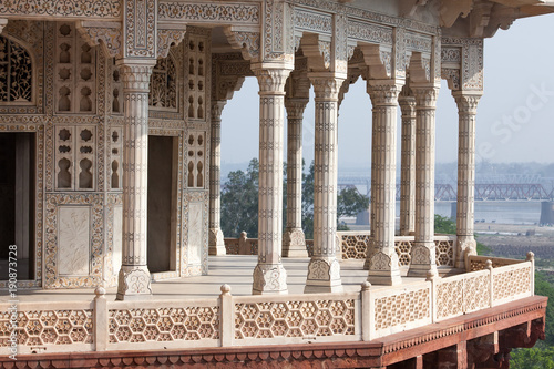 Foto op Plexiglas Monument Interior elements of the Red Fort in Agra, India