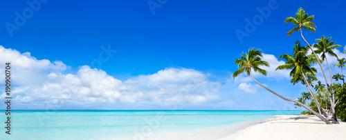 Staande foto Strand Sommer, Sonne, Strand und Meer als Panorama Hintergrund