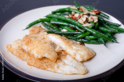 Fotografie, Obraz  almond crusted sole fillet with green beans and almonds