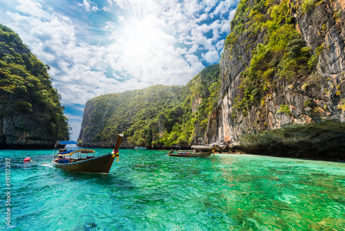 Beautiful landscape with traditional boat on the sea in Phi Phi Lee region of Lo Wallpaper Mural