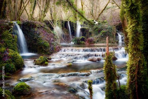 wodospady-w-poblizu-zrodla-rzeki-aniene