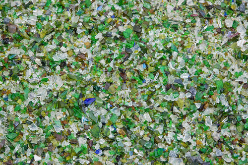 Vászonkép Fragments of glass at a UK recycling plant
