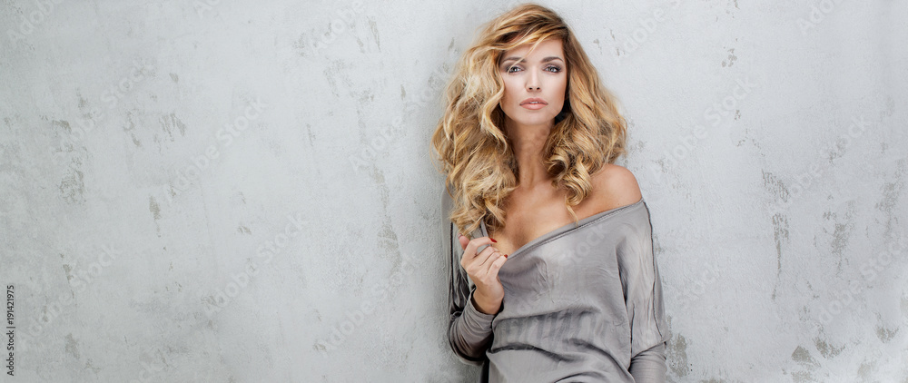 Fototapety, obrazy: Blonde beautiful woman with long hair.