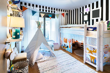 Kid Bedroom With Teepee And Bu...