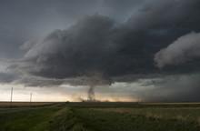 Tornado On The Plains Of Kansa...