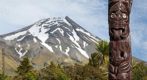 Aluminium Prints Historic monument Maori statue in front of Volcano Taranaki, New Zealand