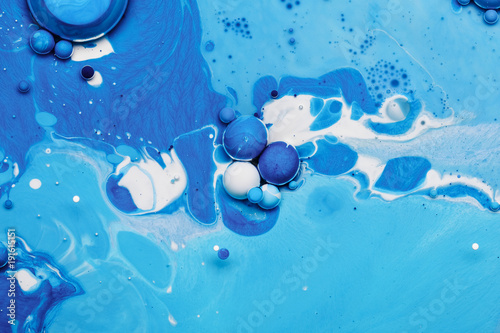 Photo  Abstract background from blue acrylic paints and oil