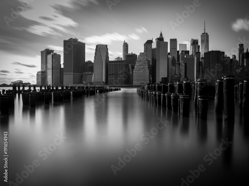 Deurstickers New York City New York 2017 a long exposure of Manhattan
