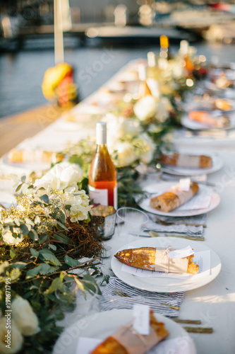 tablescape dinner with bread and wine Tablou Canvas