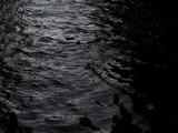 grunge ciemne czarne wody tekstury tła - 191697949