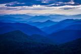 Fototapeta Do pokoju - blue ridge mountains with blue sky