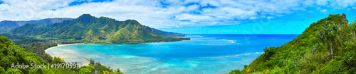 Fototapeta ハワイ クラウチング・ライオン岩ハイキングからの風景  obraz