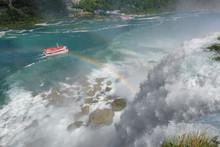 Niagara Falls, Cruise Ship Und...