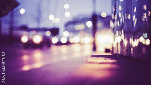Fotografia, Obraz  Unscharfer Hintergrund Bokeh mit Lichtern bei Nacht