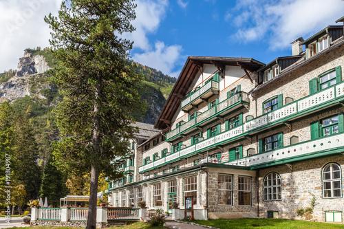 Foto  Historisches Hotel am Pragser Wildsee