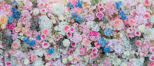Photo sur Toile Fleuriste flower background. backdrop wedding decoration. Rose pattern. Wall flower