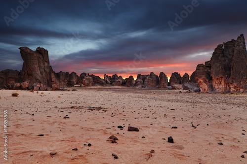Obraz Sahara Desert, Tassili N'Ajjer, Algeria - fototapety do salonu