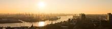 Hafen Hamburg Bei Sonnenunterg...