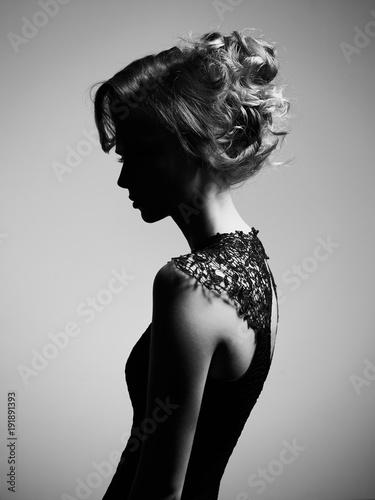 Foto op Plexiglas womenART Beautiful young lady on gray background