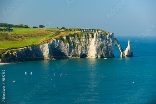 Cuadros en Lienzo Cliff of Étretat - Normandy France