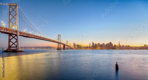 Keuken foto achterwand San Francisco San Francisco skyline with Oakland Bay Bridge at sunset, California, USA