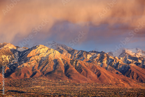 Spoed Foto op Canvas Zalm Spring sunset above Salt Lake City, Utah, USA.