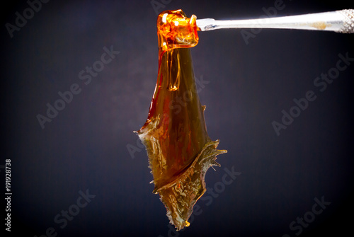 Fotografie, Obraz  Cannabis Concentrate - Strain: Tangie Live Resin