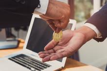 Businessman Send Bitcoin And R...