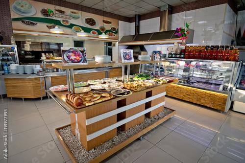 Fototapeta Interiour tureckiej restauracji z bufetem