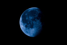 High Contrast Waning Gibbous M...