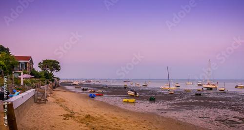plage du Bassin d'Arcachon au soleil couchant Canvas Print
