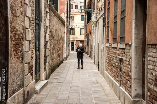 Zdjęcie XXL Ludzie na ulicach Wenecji