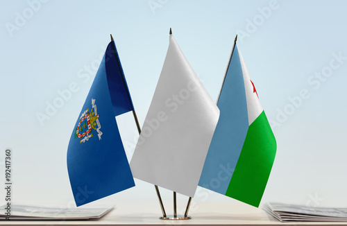 Flags of Melilla and Djibouti with a white flag in the middle