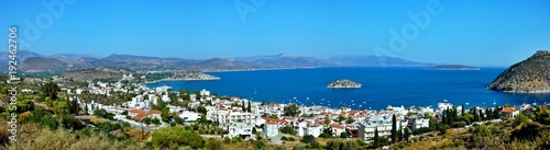 Poster Bleu Greece-panoramic view of the city Tolo and island Koronisi