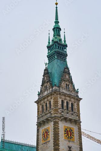 Fototapeta Ratusz w Hamburgu Ratusz w pochmurny dzień