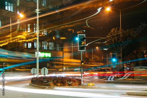 Fotografía  Noite, longa exposição.