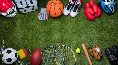 Fotografia  Various Sport Equipments On Grass