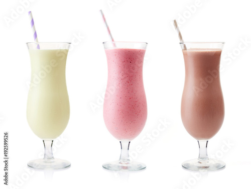 Photo sur Toile Lait, Milk-shake Vanilla, Strawberry and Chocolate milkshake