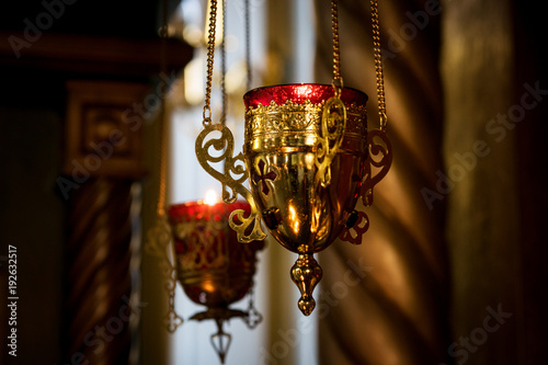 Fotografía  beautiful censer in the Church hanging