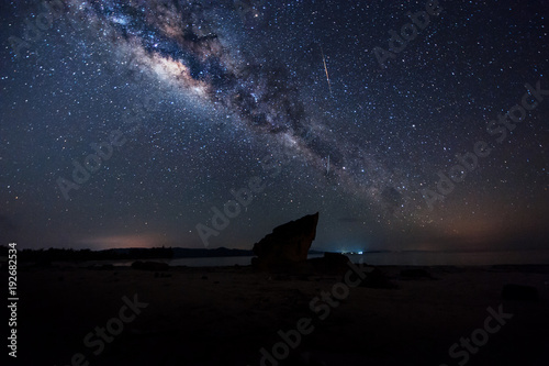 Fotografie, Tablou Starry night sky with milkyway galaxy